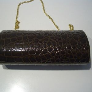 LA REGALE  SNAKESKIN SHINY BROWN COLOR BARREL BAG